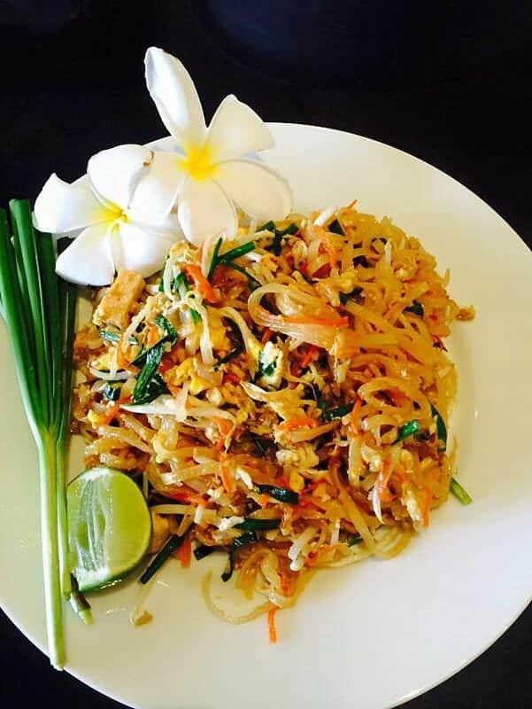 Thai Chef - Thai Cooking Phuket With Supparin ()