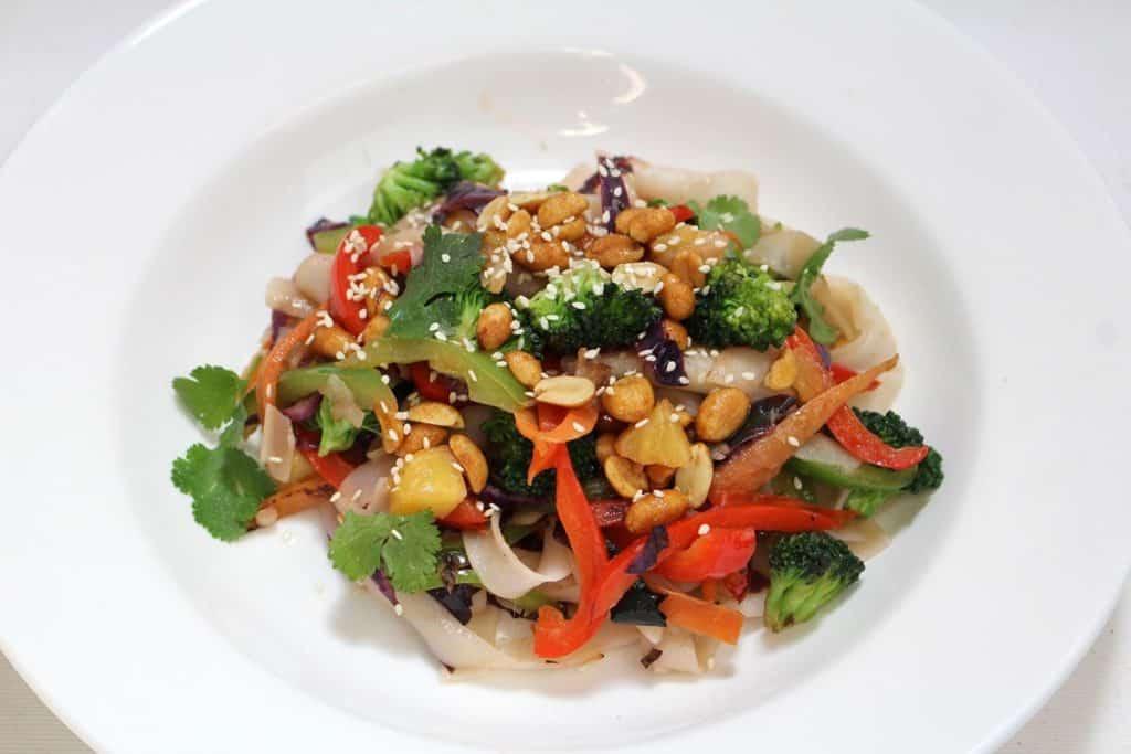 21 10 19 World Vegan Day Eat Y0ur Colours Pad Thai Jpg