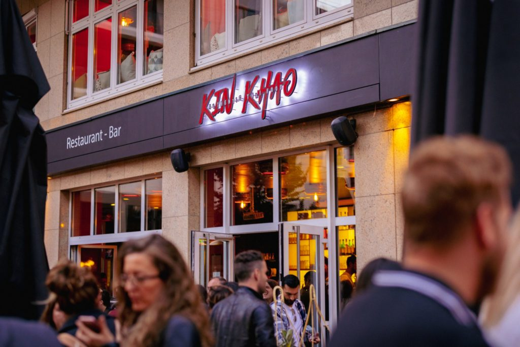 Kin Khao City, bringing authentic Thai food and cocktails to the city center
